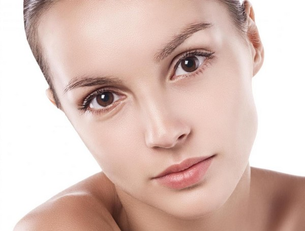 Skin Tightening Serums Contour Your Face Without