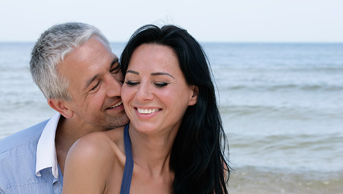Reasons Why Women Prefer Older Men - How South Africa-7864